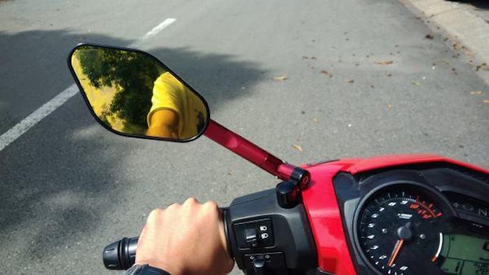 lỗi xe máy không gương phạt bao nhiêu tiền