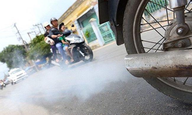 nguy cơ hỏng xe máy thông qua màu khói ống xả