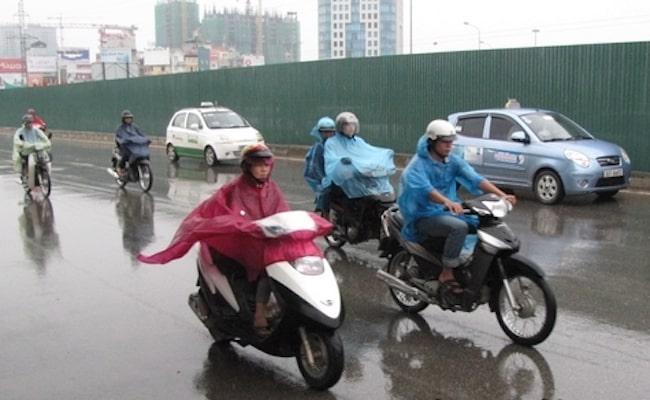 cách phanh (thắng) xe máy trên đường trơn trượt