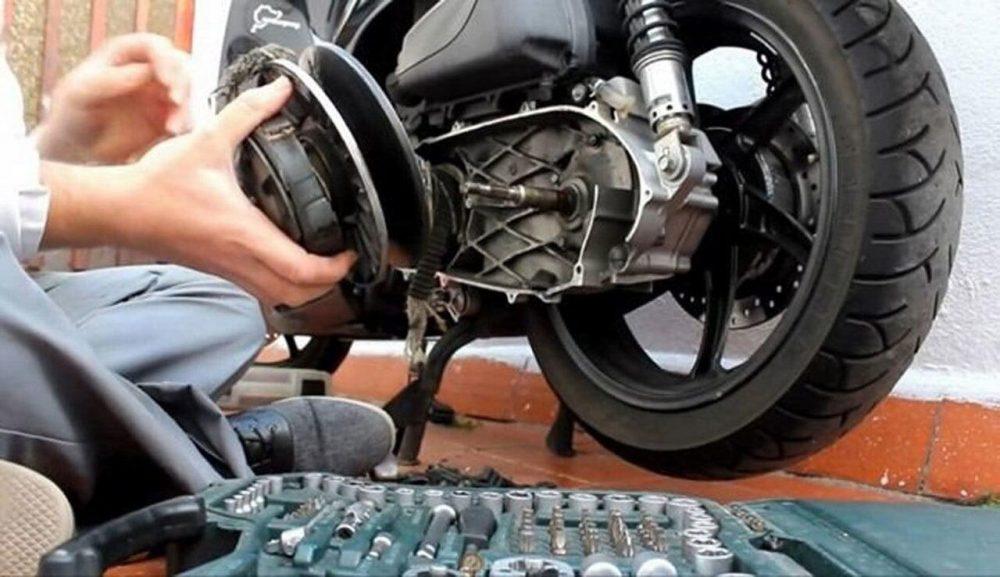 """cảnh giác với những chiêu trò """"móc túi"""" của thợ sửa xe máy"""